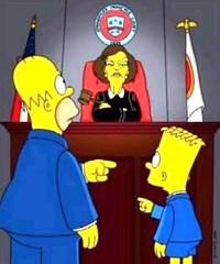 Abogados y detectives. Homer y Bart Simpson acusandose mutuamente delante de una juez